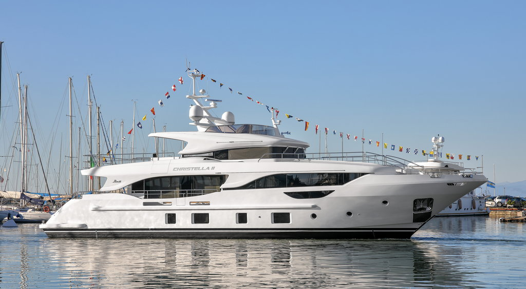 """M/Y """"CHRISTELLA II"""" LAUNCHED, THE FIRST DELFINO 95'"""