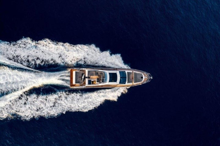Azimut S7 wins the European Powerboat of the Year Award