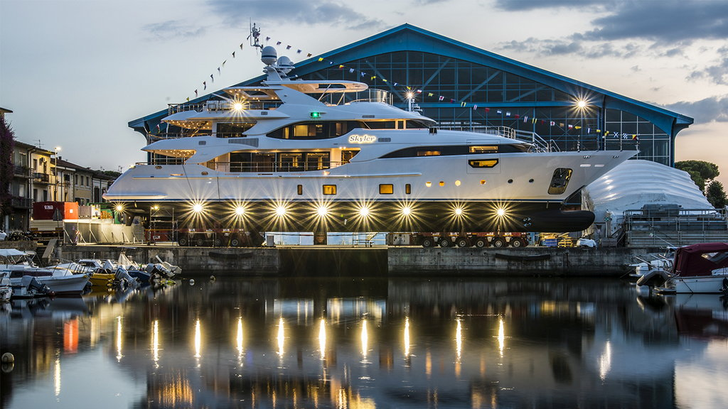 Benetti launches BY009 Crystal 140′